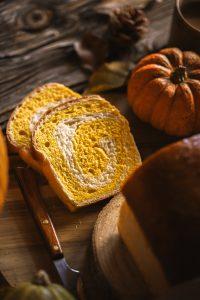 Pumpkin swirl bread - Kruh s bundevom
